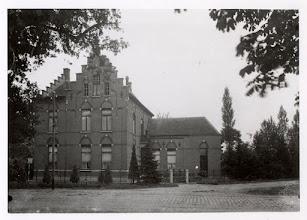 Photo: 1924 Villa Palmyral aan de Liesboslaan in 1909 gebouwd voor zeepmaker Joseph Horsingh. ( het huidige Princeville )