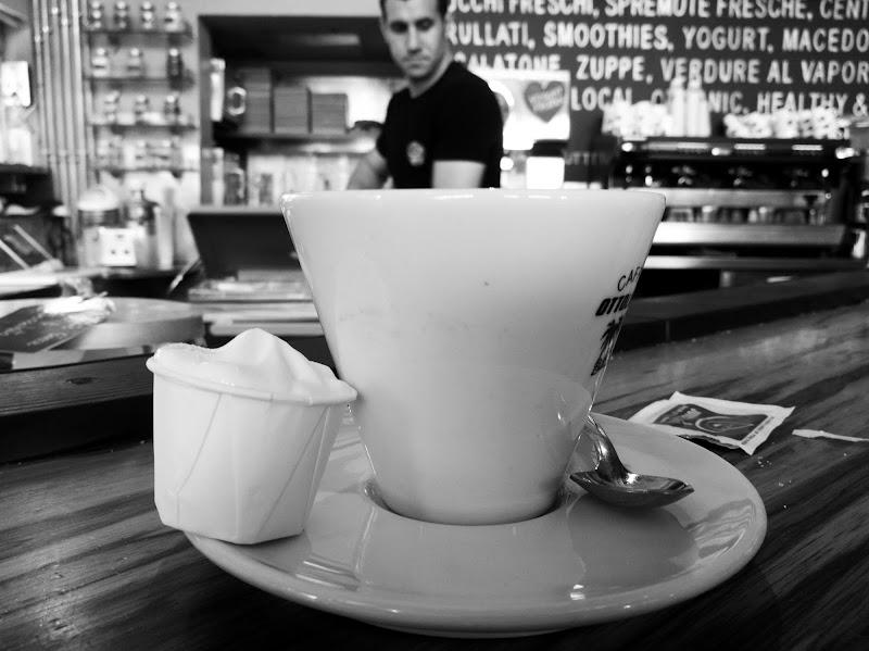 Into the Coffee di Domenico Cippitelli