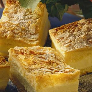 Honey Bee Gateau Slices