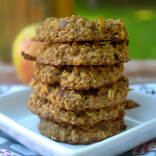 Flourless Caramel Apple Oatmeal Cookies