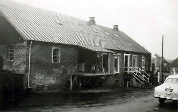 Photo: Den gamle Brugs og Harald Villumsens bil