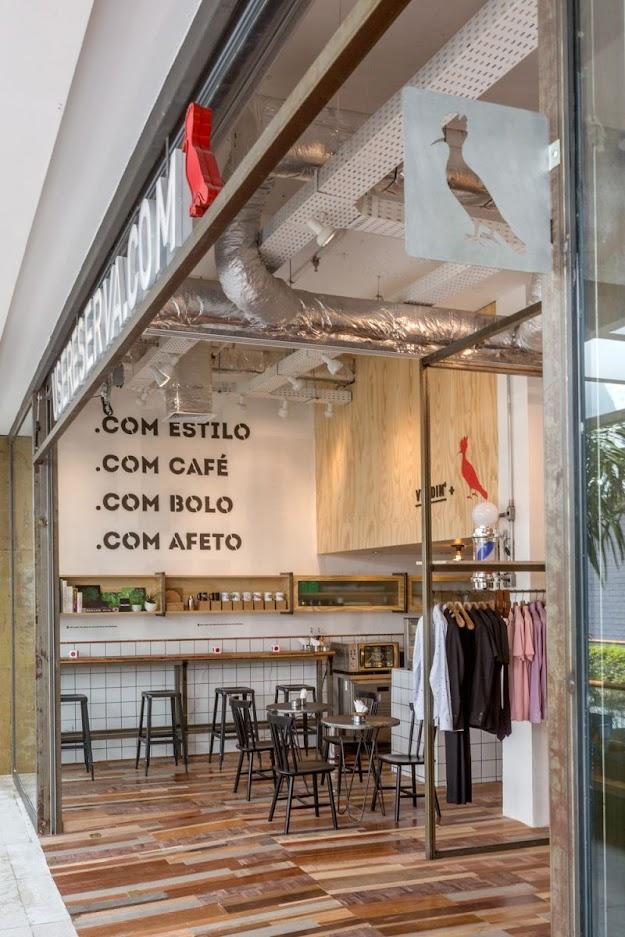 Thiết kế shop thời trang kết hợp quán cafe - thiết kế shop quần áo 12