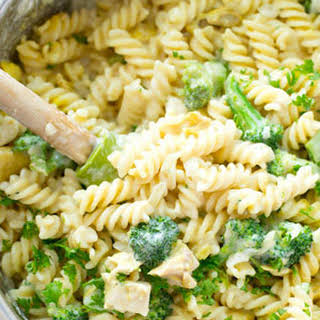 Stovetop Broccoli Chicken Mac 'n' Cheese.