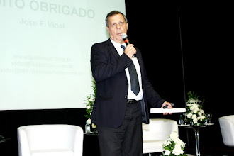Photo: Mario Lopes, sócio-diretor da Lopes, Machado fala aos presentes