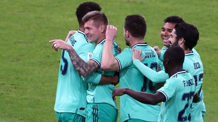 El Real Madrid fue muy superior en la primera semifinal.