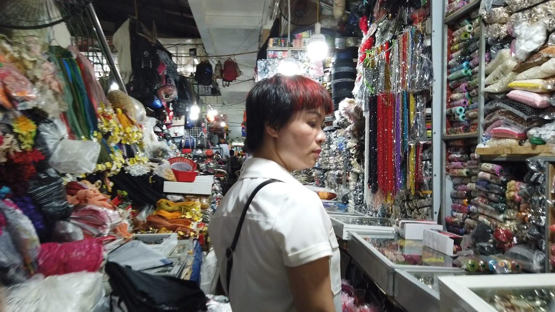 Bên trong chợ bán vải may mặc thời trang tại Hải Phòng 4