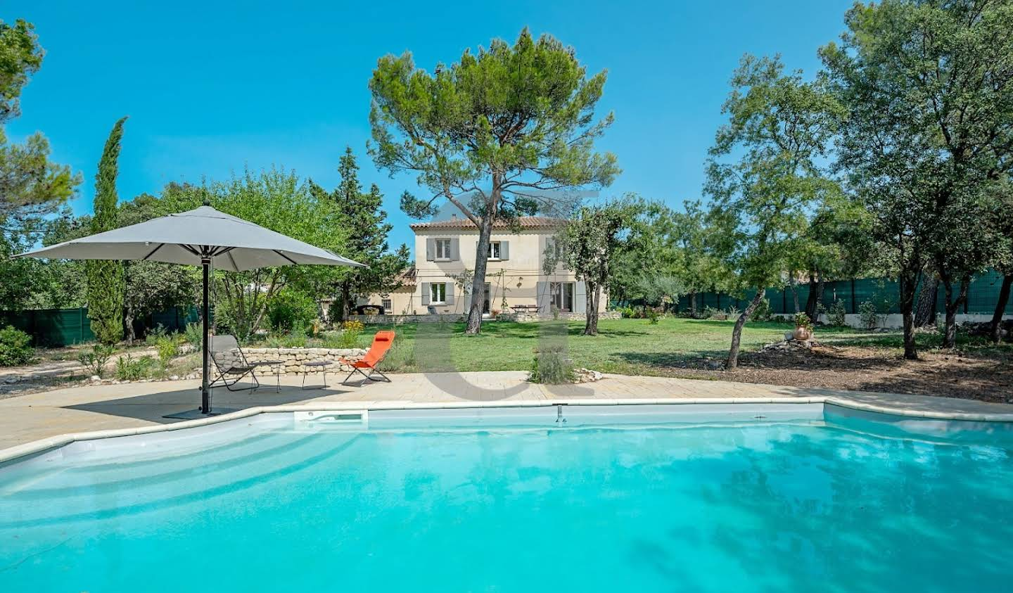 Villa with pool Pernes-les-Fontaines
