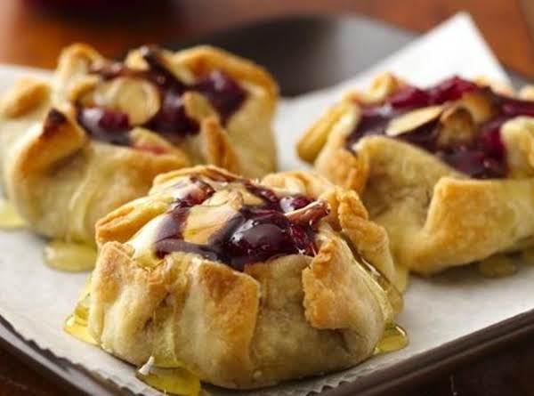 Mini Honey-almond Cranberry Crostatas Recipe