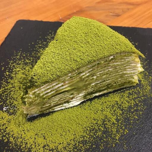 抹茶流沙千層 ✨ 表層是木長園抹茶粉,內層是抹茶奶餡,有苦有甜的好滋味 💚 💚 💚