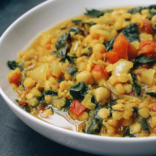 CURRY RED LENITL STEW WITH KALE & CHICKPEAS.