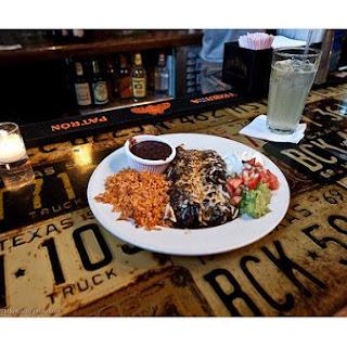 Guacamole Enchiladas & Sauce