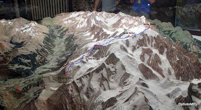 Photo: U alpinističkom info uredu, sve je lijepo i zorno prikazano - uz moju skicu ture