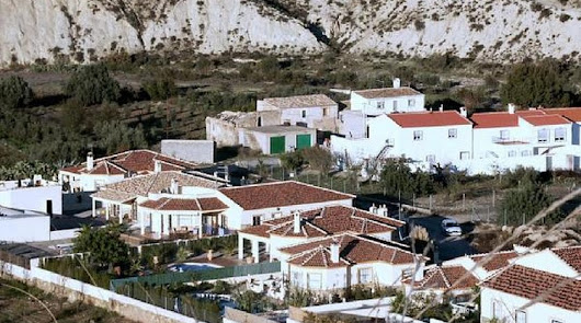 Dos pueblos almerienses, entre los municipios de España con más extranjeros
