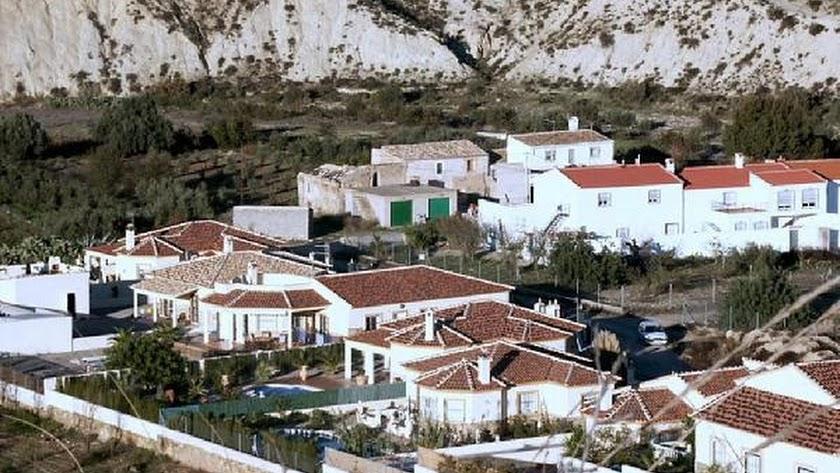 Viviendas situadas en el término municipal de Arboleas.