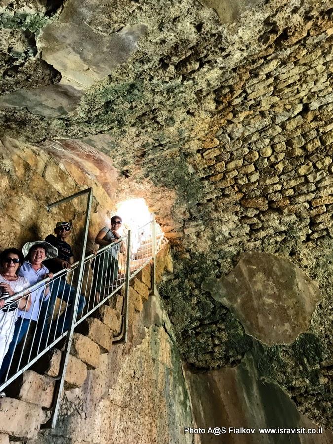 Подземелья крепости Нимрод на севере Израиля. Путешествия и экскурсии в Израиле.