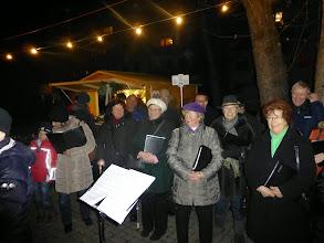 Photo: Noch ein paar Sängerinnen und Sänger.