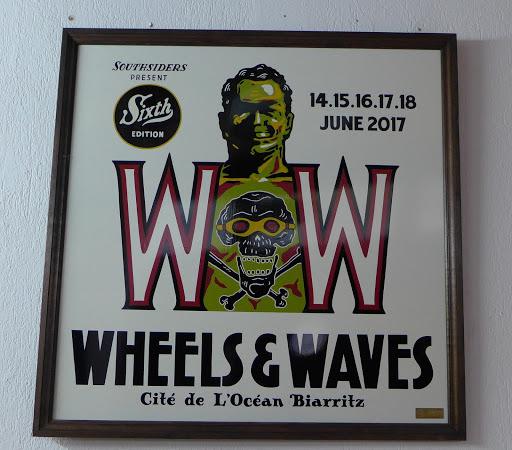 L'affiche du Wheels and Waves 2017 à la citée de l'océan de Biarritz.
