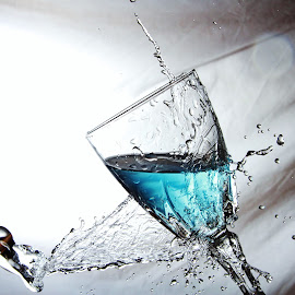 Glass and water splash by Peter Salmon - Artistic Objects Glass ( clear, water, splash, pour, glass )