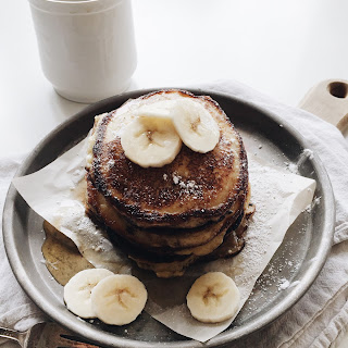 Simple Banana Ricotta Pancakes