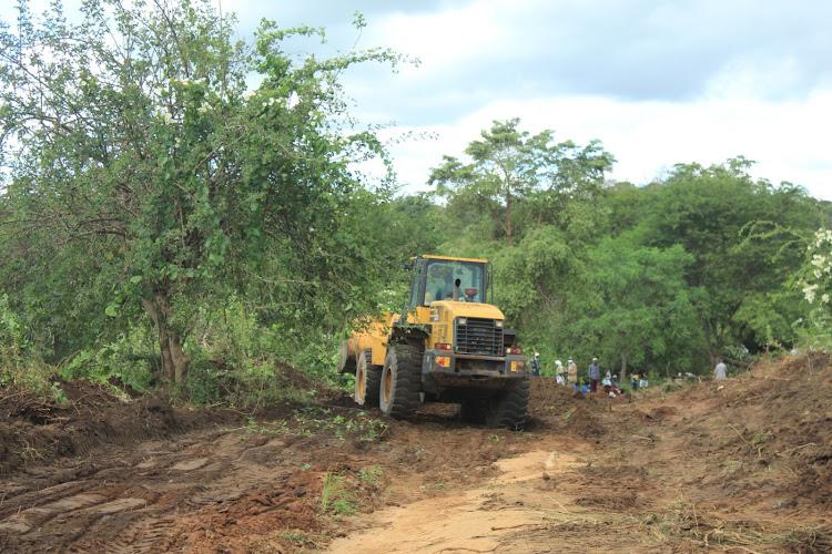 Road works in Mulilini, Kiomo ward, Mwingi West