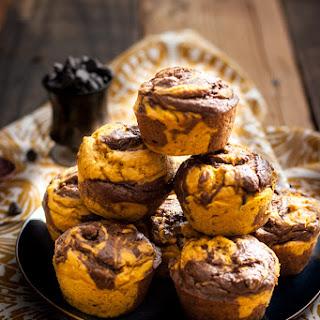 Vegan Chocolate Pumpkin Swirl Muffins