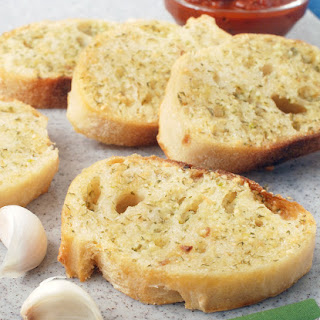 Simple Homemade Garlic Bread Recipe