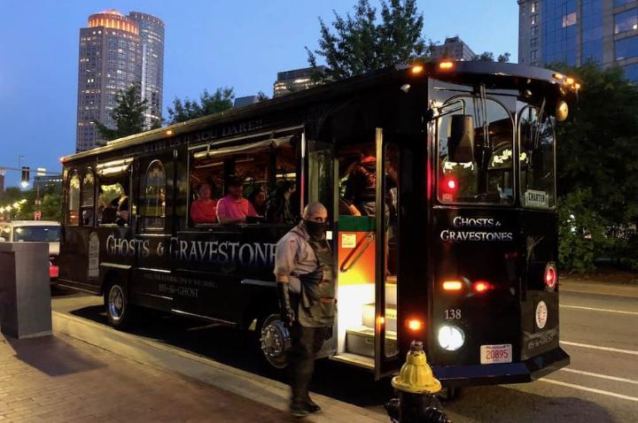 Haunted Bus Tours in Boston