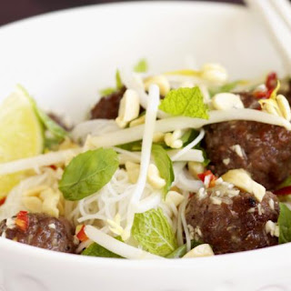 Grilled Meatballs with Rice Noodles