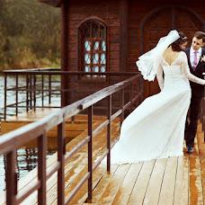 Wedding photographer Yuliya Popova (Tiffany). Photo of 27.03.2013