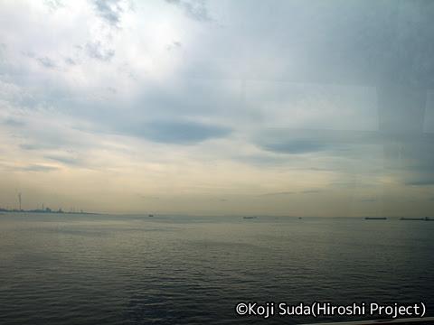 京王バス東「渋谷木更津線」 60501 車窓