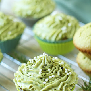 Matcha Cupcakes with Green Tea Cream Cheese Frosting