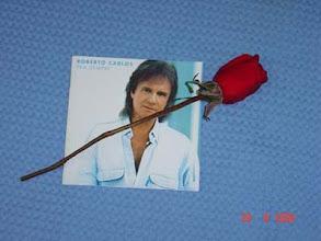 Photo: Flor que recebi das mãos do Roberto Carlos em 28/08/2004