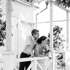 Wedding photographer Galya Anikina (AnyGalka). Photo of 11.08.2016