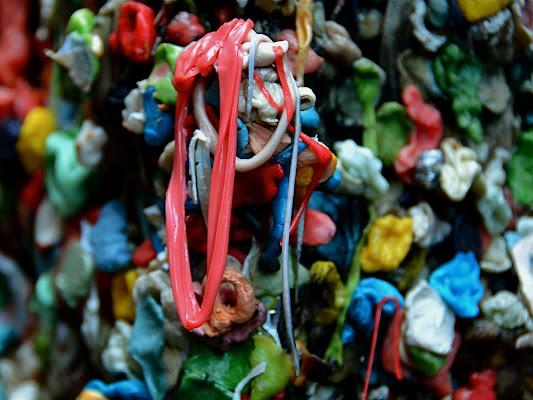 Gum Wall in Seattle di Bond