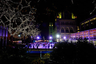 Photo: Ice skating in front of the Victoria & Albert Museum.