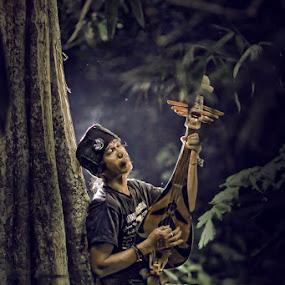deep by Grandi Panareka - People Musicians & Entertainers