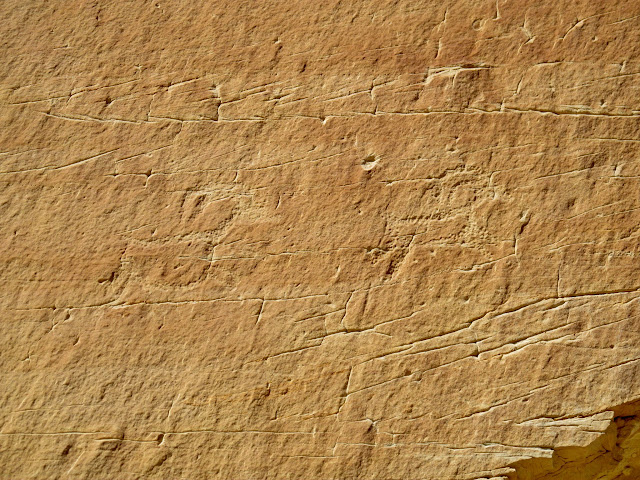 Two small bighorn sheep petroglyphs