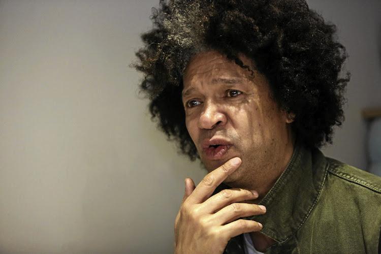 Marc抽奖对他所感受到的喜剧演员所关注的是,政府失败了。