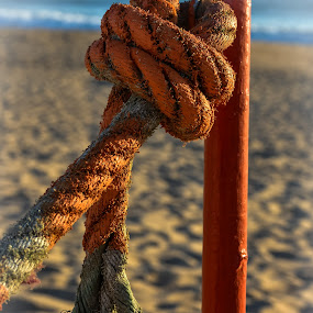 Corda by Janete Ribeiro - Artistic Objects Other Objects ( sand, rope, beach, light, sun )