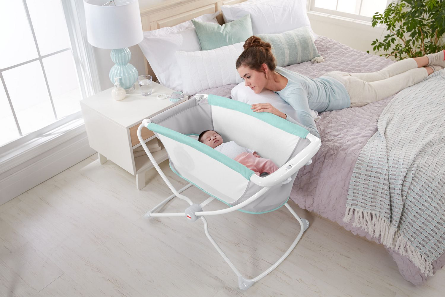 rock 'n play bassinet review bedside