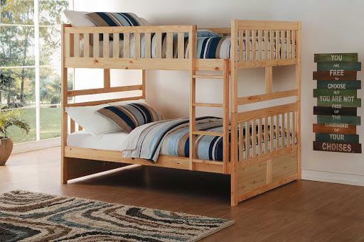 Nên chọn giường tầng cho trẻ bằng gỗ