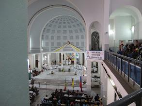 Photo: Sn2C0719-160207Dakar, cath. messe, chœur, nef, tribune latérale IMG_0893