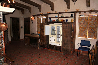 Photo: Kitchen with original furnishings