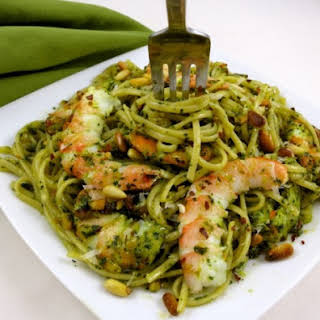 Edamame Pasta with Shrimp and Pesto Sauce.