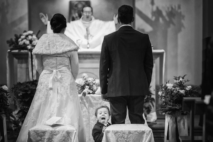 Wedding photographer Fabio Mirulla (fabiomirulla). Photo of 01.04.2014