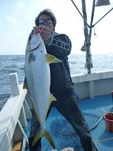 """Photo: 「船頭さんだぜーぇ!」 「キタノさんのより大きいぜぇー!」 「5kgはあるぜぇー!」 今、話題の""""スギちゃん風の口調だぜぇー!"""