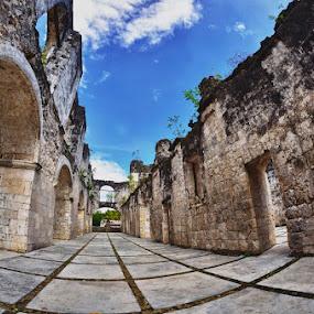 OLD MILITARY BARRACKS by Ariel Salupan - Buildings & Architecture Public & Historical ( cebu )