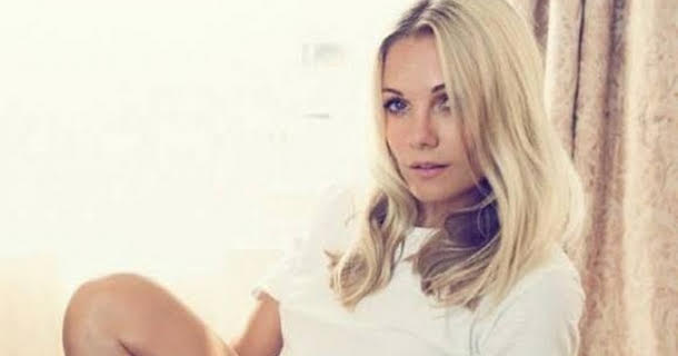 Caroline Fleming i bikiniform!