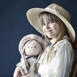 Amy by Joe Fazio - Babies & Children Child Portraits ( children, hat, portrait, girl, cute, kids )