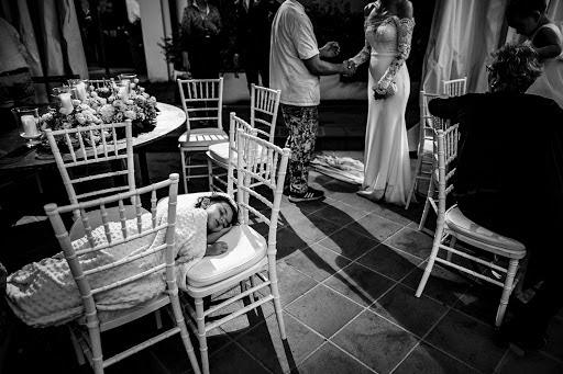 Wedding photographer Leonardo Scarriglia (leonardoscarrig). Photo of 19.09.2018